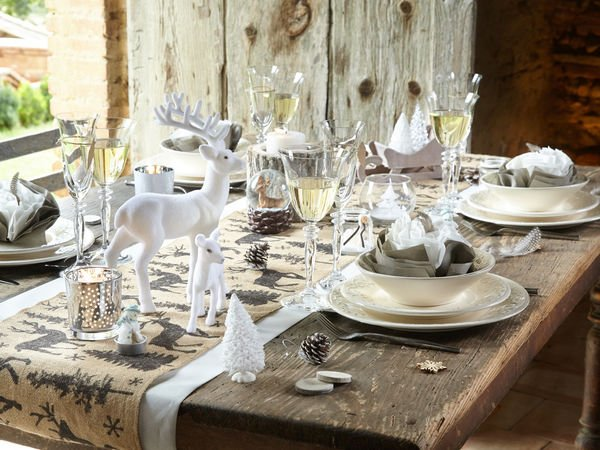 Une jolie d co pour no l justine huette cr atrice de jolis moments - Table de fete decoration noel ...