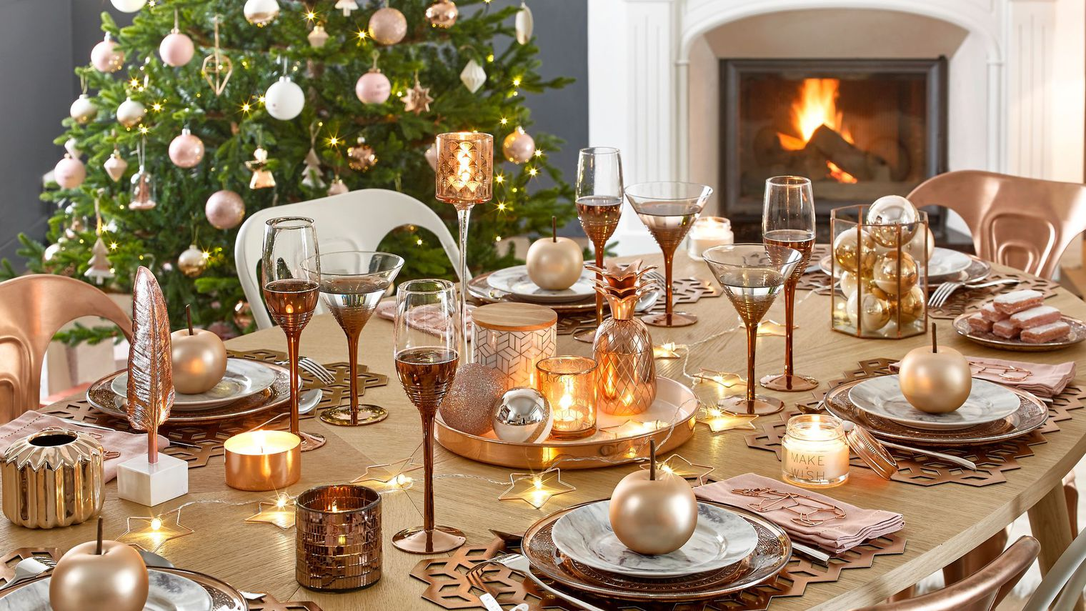 Une jolie d co pour no l justine huette cr atrice de - Deco table de noel blanc ...